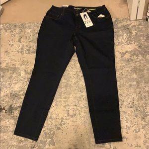 NWT Dark Skinny Jeans